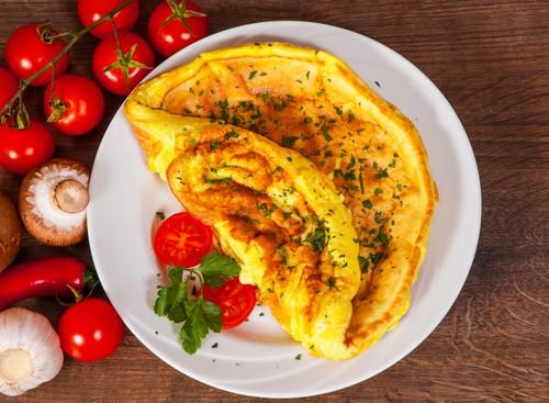 Harlan Kilstein's Keto Pizza Omelette
